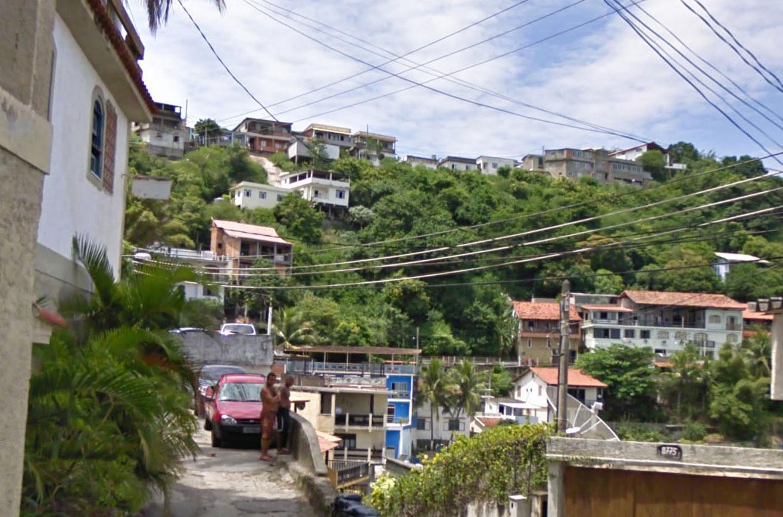Claude Closky, Screen Shot, 8211 Estrada Burle Max de Guaratiba, Rio de Janeiro, Brasil